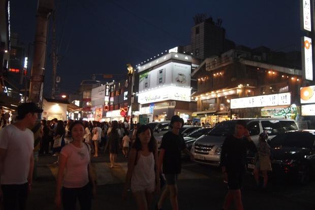 Hongdae, bondé le soir